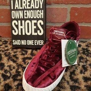 TRETORN Red Crushed Velvet Sneaker Ortholite HOT